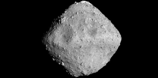 Optical Navigation Camera – Telescopic (ONC-T) image of Ryugu, photographed at 12:50 p.m. (JST), June 26, 2018. ONC team (image credit): JAXA, University of Tokyo, Kochi University, Rikkyo University, Nagoya University, Chiba Institute of Technology, Meiji University, University of Aizu, AIST.