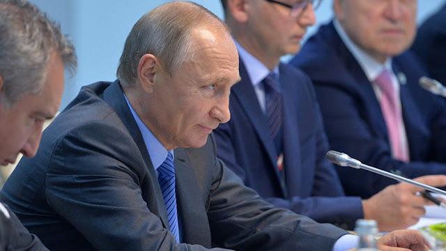 """Putin sobre las amenazas de EE.UU.: """"De nuestros amigos se puede esperar cualquier cosa"""""""