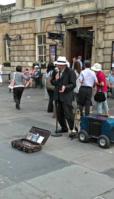 street performers at Bath England