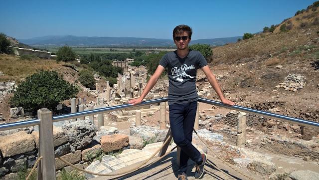 Harun İstenci Efes Antik Kentinde...
