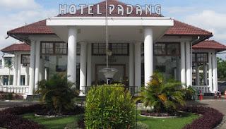 """Lowongan Kerja di Padang """"Hotel Padang"""""""
