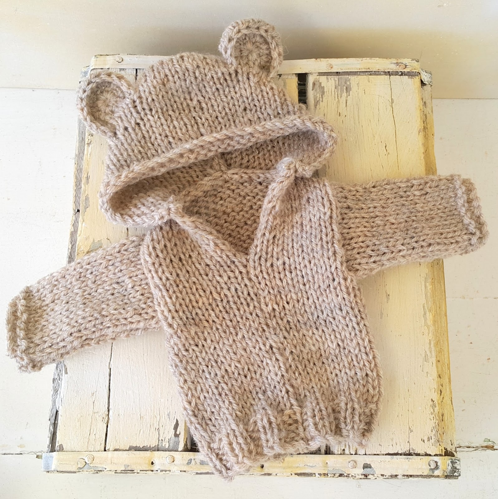 Knitting Pattern Bear Hoodie : Crafty Stuff Baby Knits and Photo Props: Baby Bear Hoodie ...