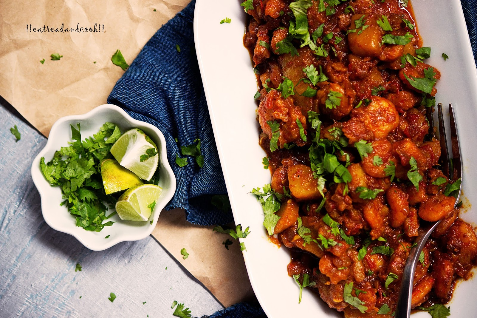 Aloo chingrir jhal potato and prawns spicy curry eat read cook aloo chingrir jhal potato and prawns spicy curry ccuart Image collections