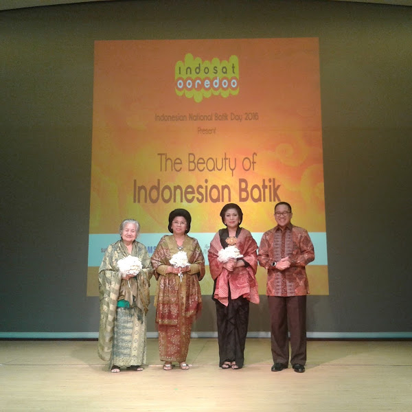 The Beauty of Indonesian Batik Persembahan Indosat Ooredoo Memperingati Hari Batik Nasional
