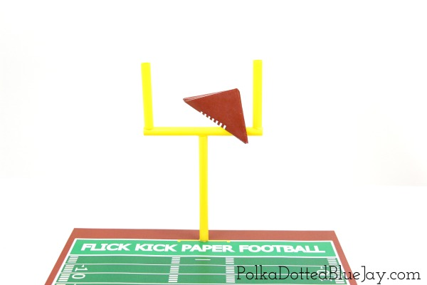 Flick Kick Paper Football Printables are the perfect addition to any football party. They are easy and inexpensive entertainment with items you already have on hand. Add a #FamilyPizzaCombo and your football party is ready to go. #ad