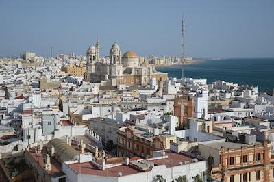 BLOG LUGARES DE MEMÓRIA -  Matéria Cádiz -Foto Jonathan Reichel por Pxiabay