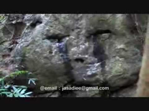 Legenda Batu Menangis Dengan Gambar Kalimantan Selatan Kumpulan