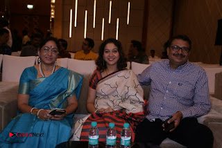 Kaadhalin Pon Veethiyil Bilingual Movie Launch Stills  0036.jpg