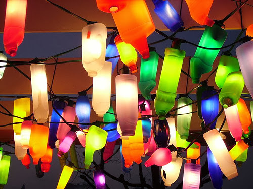 How to Recycle: Eco Friendly Christmas Lights Decor Ideas