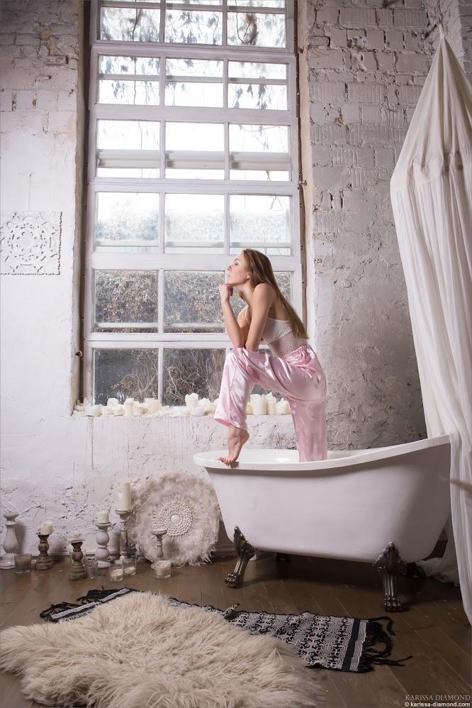 [Karissa-Diamond.Com] Karissa Diamond - Silk Pants - Girlsdelta