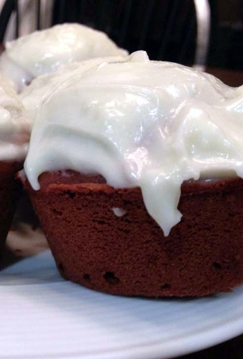 Red Velvet Cupcakes w/ Cream Cheese Frosting