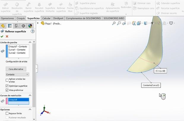 Rellenar superficie con los croquis de la silueta en 3D de la silla eames