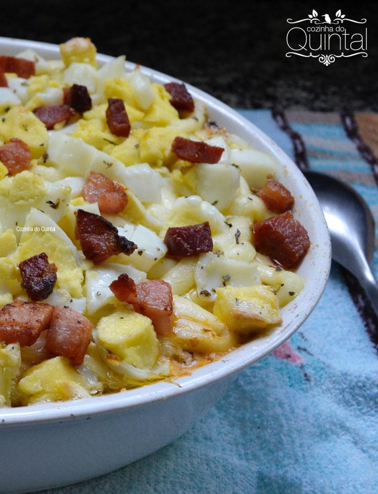 Arroz de Forno, com muito catupiry, mussarela, bacon, ovos cozidos hummmmm