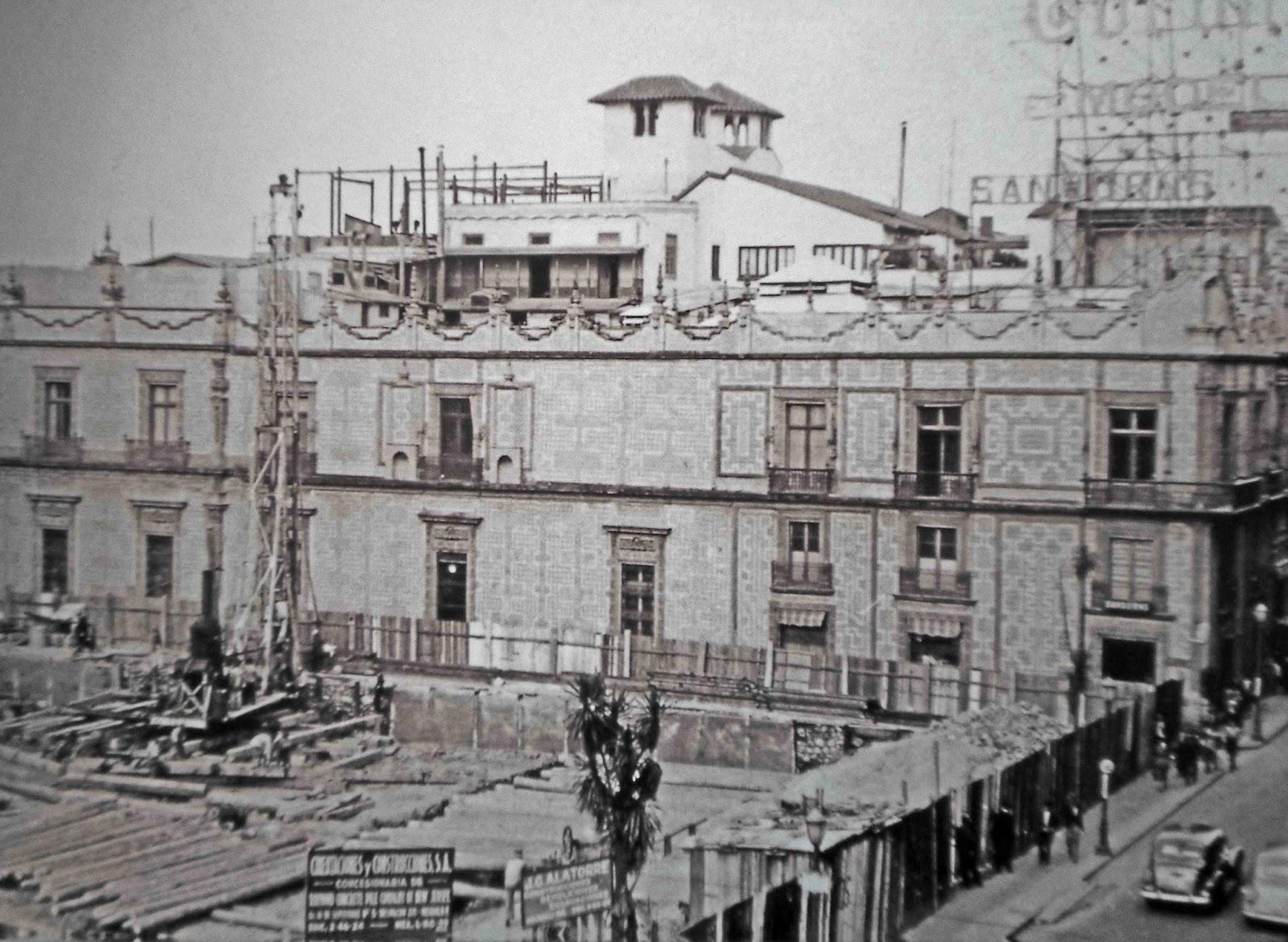 Grandes casas de m xico la casa de la familia escand n for Edificio de los azulejos