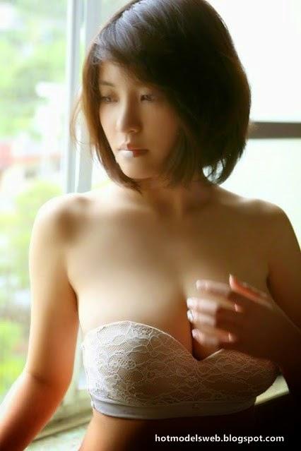 Natural Boobs Nude 33