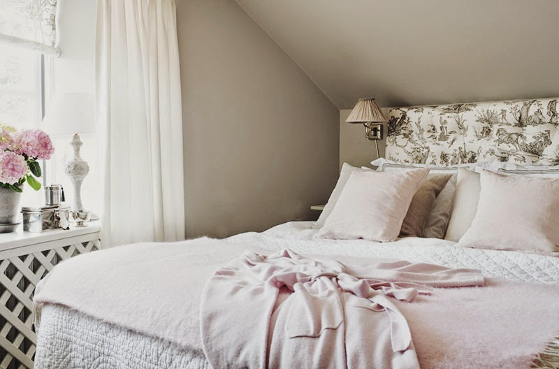 scandinavian-pastels-interiors-bedroom