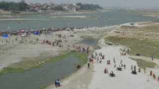 ganga-water-level-decreased-bothers-worried