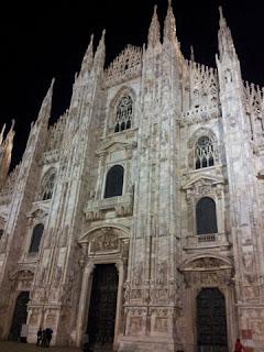 20130129 191209 - Guia de Milão em português
