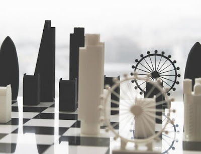 London Skyline Chess Set