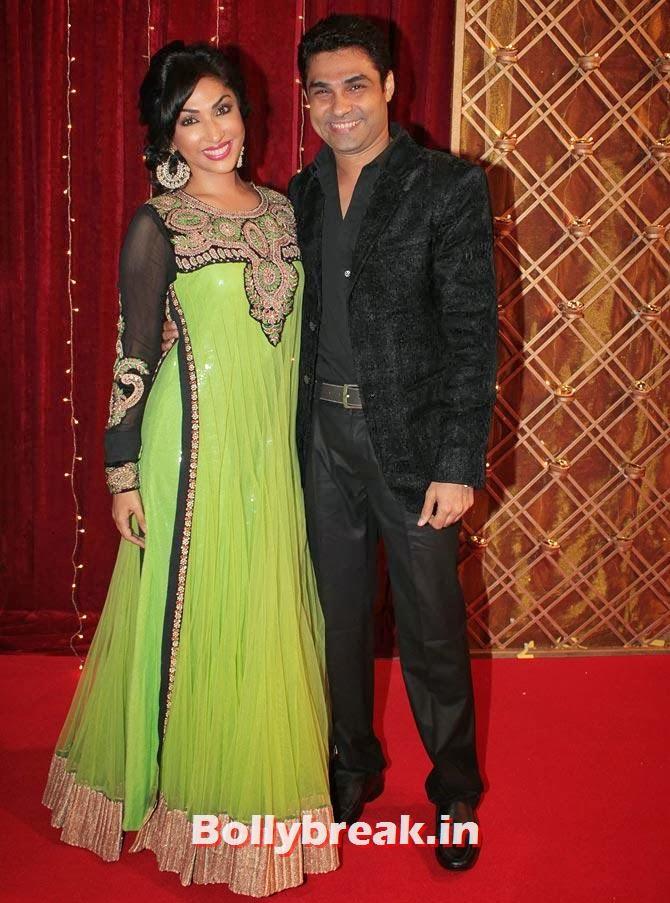 Mouli Ganguly and Mazher Sayed on Indian Tele Awards 2013 Red carpet, Indian Tele Awards 2013 red Carpet Pictures - ITA - Lauren Gottlieb, Mouni Roy, Ratan Rajput