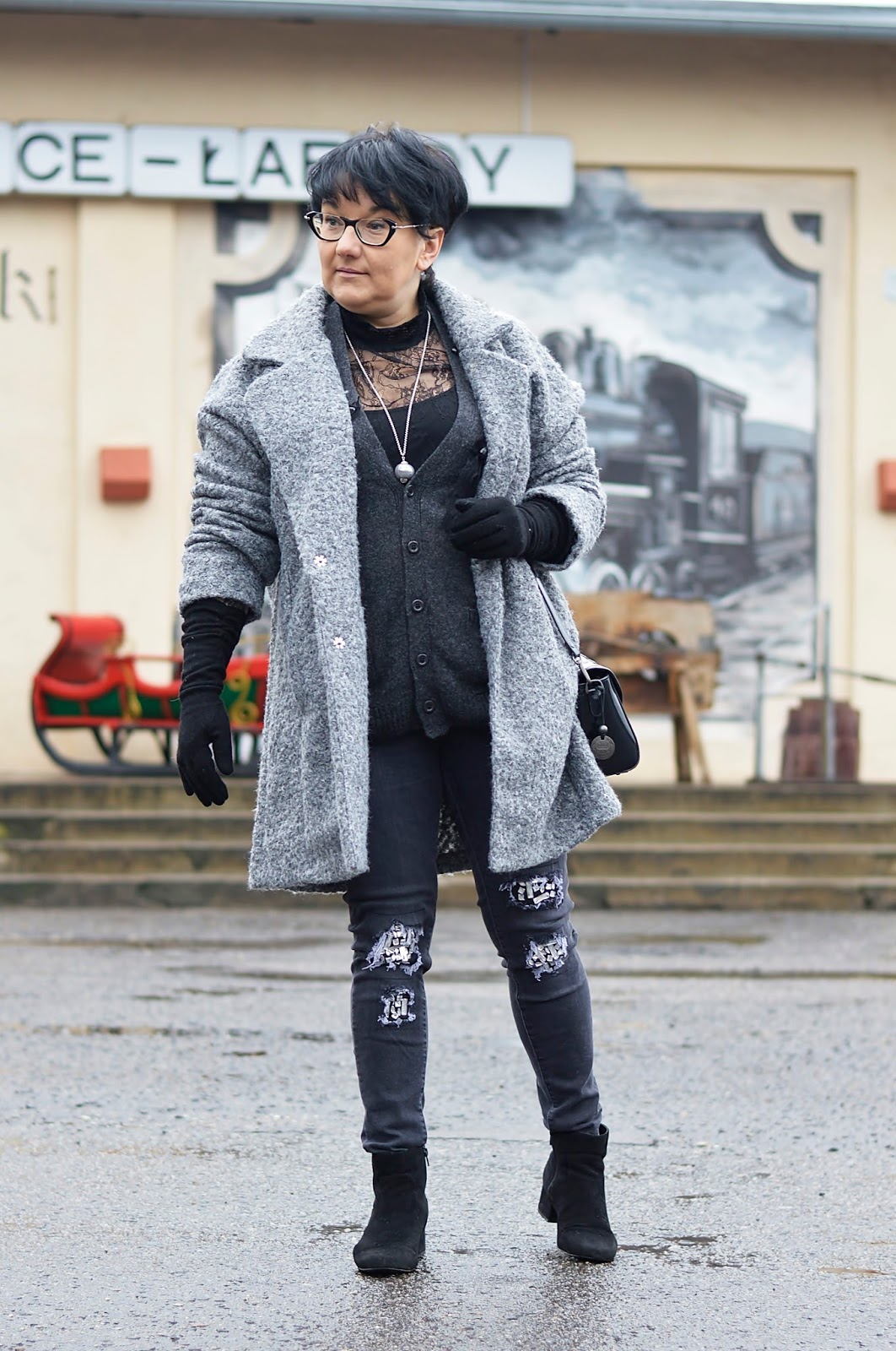 shades of grey, grey stylization, grey coat
