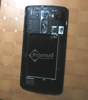 cara memasang casing smartphone LG G3 indonesia - pramud blog