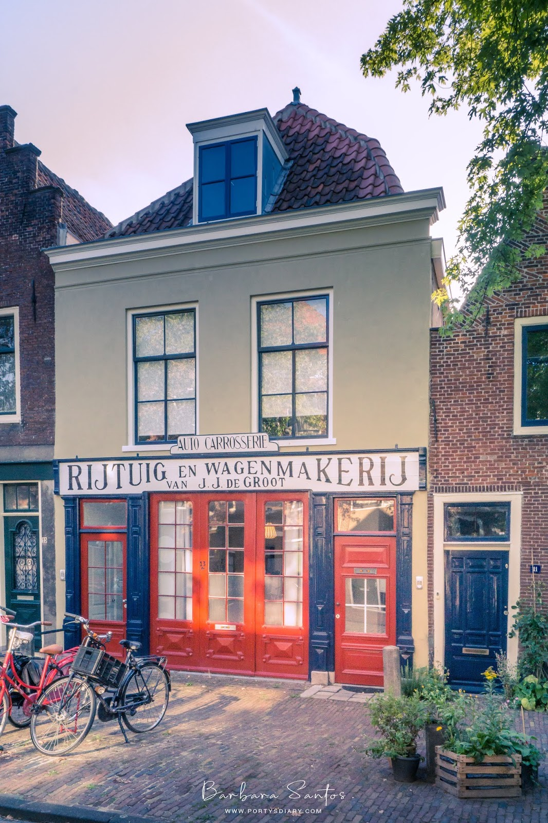 A weekend in Leiden, the Netherlands; a great weekend break option! Travel photo guide-diary.