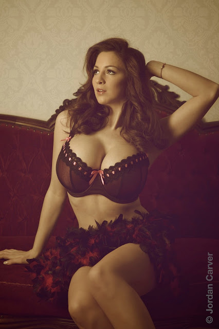 Jordan-Carver-Vintage-hot-sexy-photoshoot-pic-hd