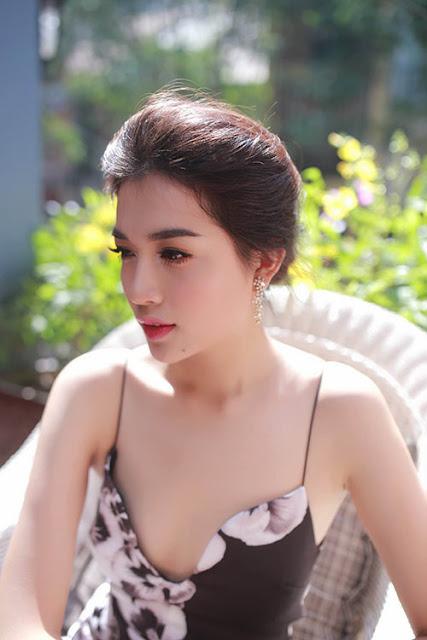 Bongdaso Xem Tin Tuc Bong Da Tren Bao Bongdaso Bo Hinh Anh Hot Girl Le Hang Xinh Dep Va Goi Cam Nhat 2015
