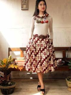 Model baju batik pesta untuk remaja modis
