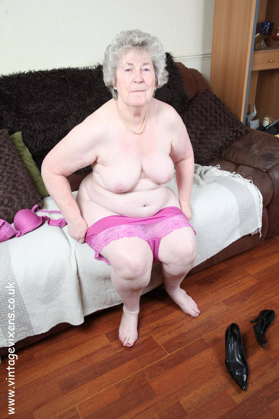 Archive Of Old Women Granny Changed Panties-4071
