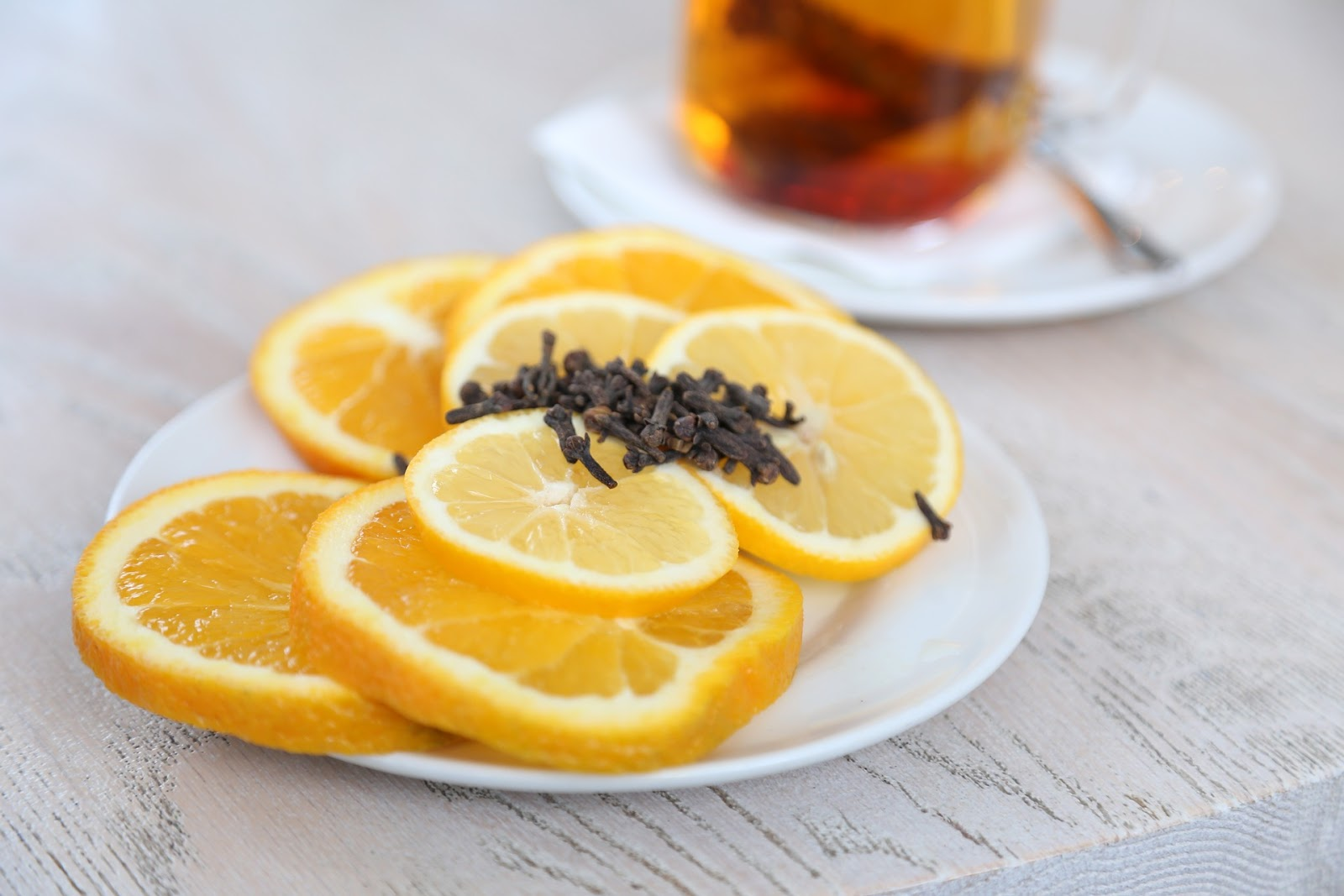 7 Teas That Change Your Mood - www.howsheknowsthat.com - mood - healthy eating - lifestyle - teas - top