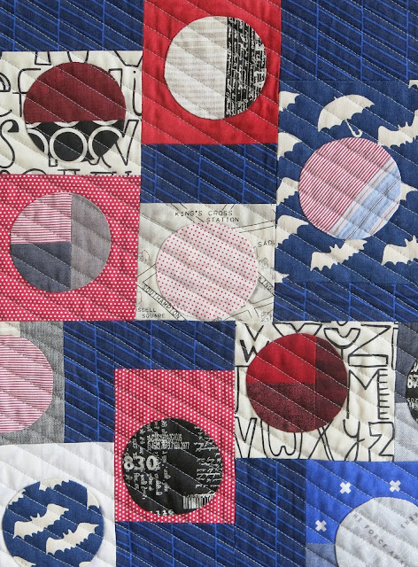 Luna Lovequilts - Infinité I - A finished quilt - Detail