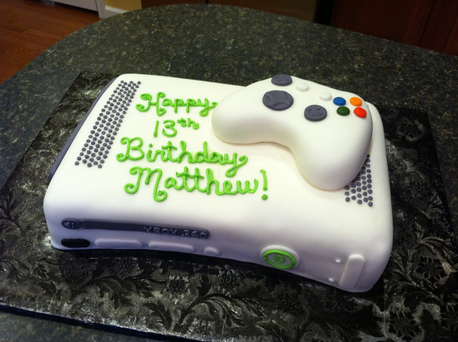 xbox.JPG (1600×1195) Xbox cake, Xbox party, Video game cakes