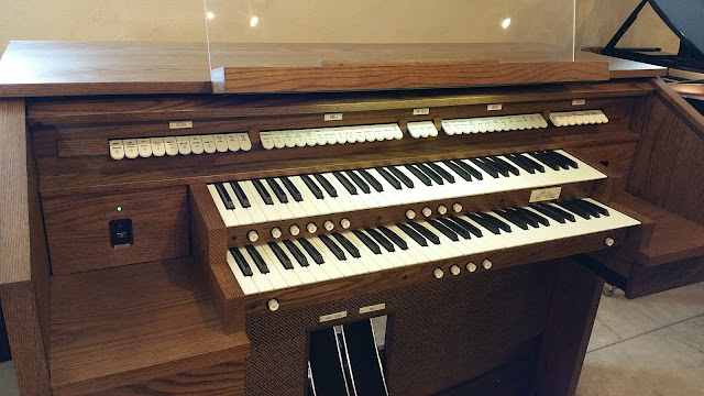 used Allen Organ  MDS-8 on grafton piano & Organ