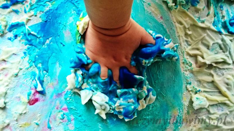 Integracja sensoryczna - dotyk | zabawy z dwulatkiem | zabawy z przedszkolakiem | zabawy z pianką do golenia