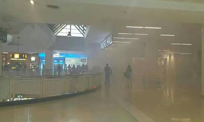 ข่าวด่วน: เครื่องซีลถุง: ข่าวด่วน !! ไฟไหม้ห้างดังย่านศรีราชา