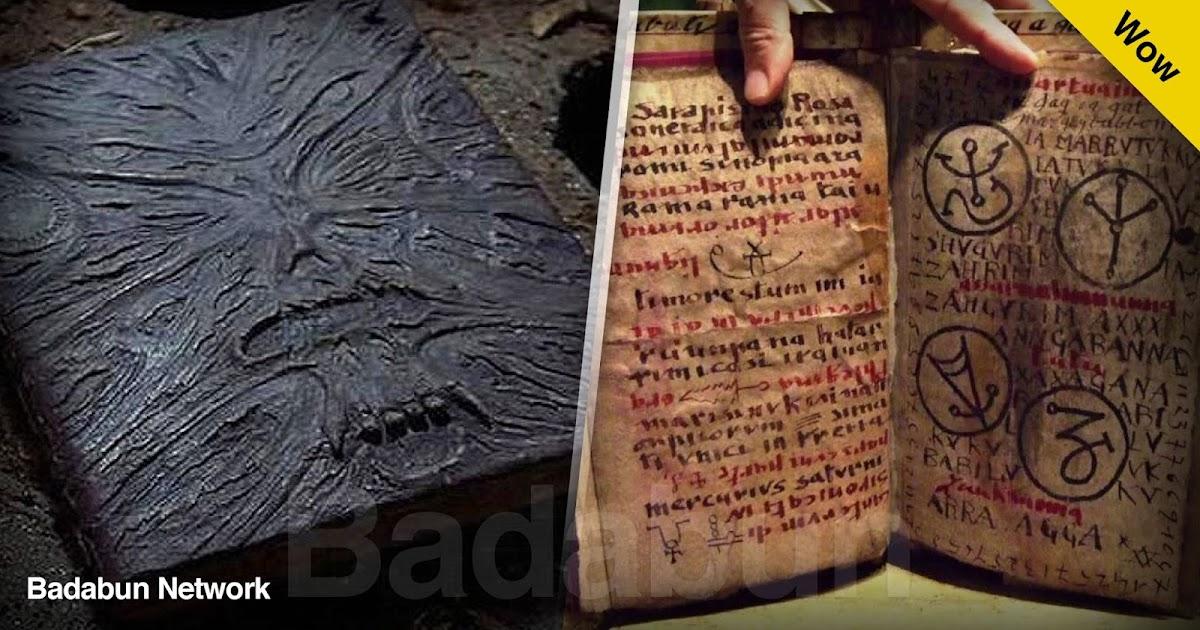 libro necronomicon biblia elimino