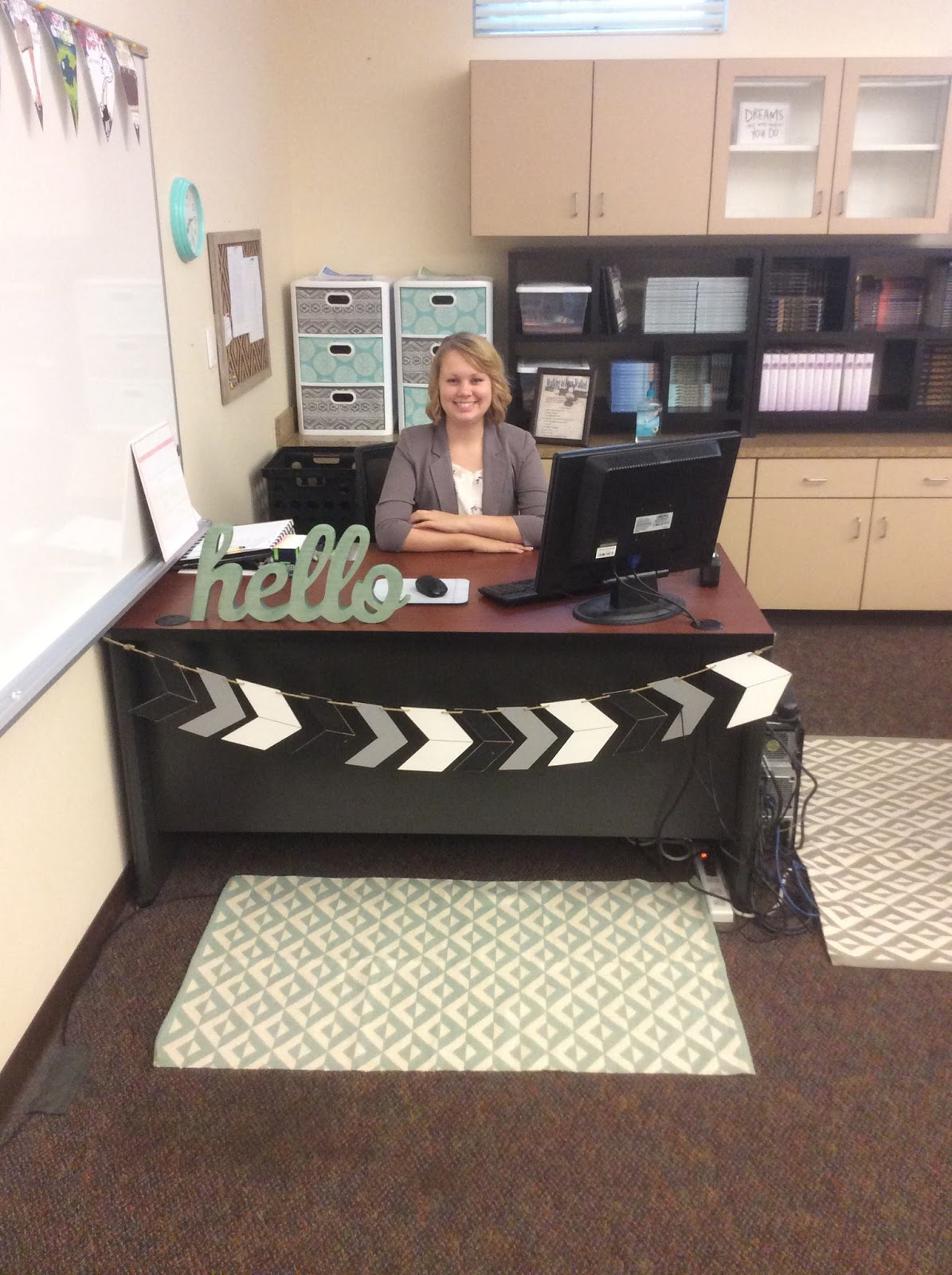 distinguished english teacher classroom reveal 2016. Black Bedroom Furniture Sets. Home Design Ideas