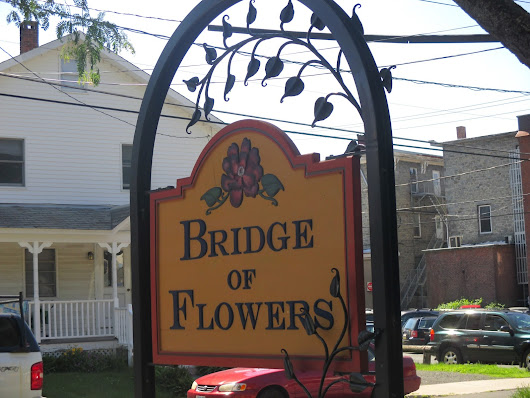 Riding Around New England: The Bridge of Flowers