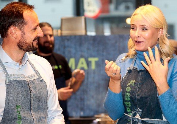 Crown Prince Haakon and Crown Princess Mette-Marit visited Kompass & Co social enterprise at Frydenberg