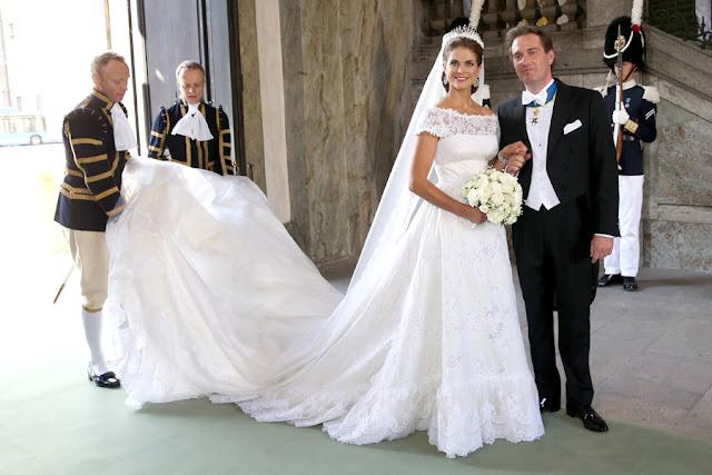 madeleine-dress3--a Nozze reali: il matrimonio della Principessa Madeleine di SveziaUncategorized
