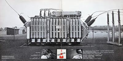 Portada interior de Kraftwerk - Kraftwerk. 1970.
