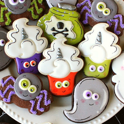 brightly colored Halloween decorated sugar cookies
