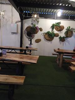 Ngetem di Kito Floral Cafe & Resto