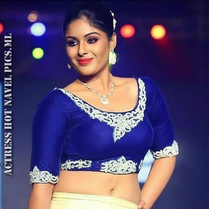 Samyuktha Menon Hot Navel Photos