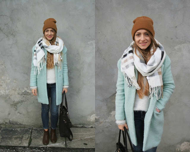 Mint coat | Pastels for autumn