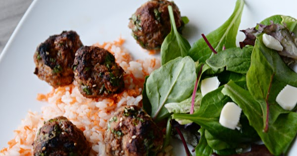 Housewife Eclectic: Asian-Inspired Turkey Meatballs with Carrot Rice