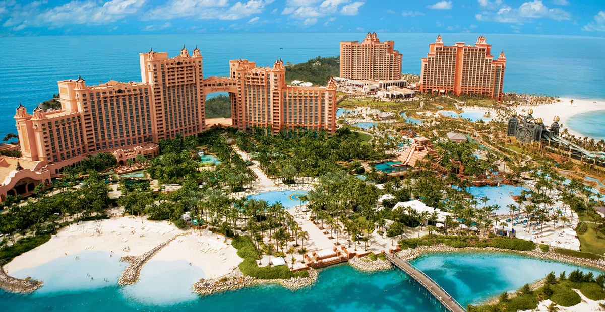 Atlantis Paradise Island ~ resort & waterpark in the Baham 10 Most Beautiful Island Countries in the World