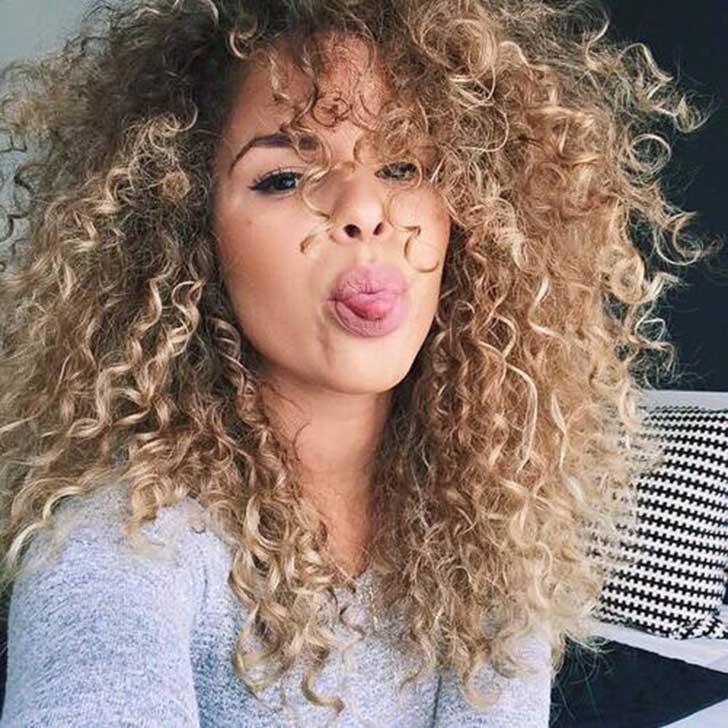 duda estos peinados podrn ir acompaados del corte de pelo de moda la melena midi yo he apostado por ella es un corte sencillo with peinado tenacillas - Peinados Con Tenacillas